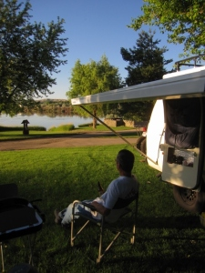 On the way we stopped for a night at the Snake River RV Park near Parma, ID. A peaceful place, right on the river, nice people, highly recommend.
