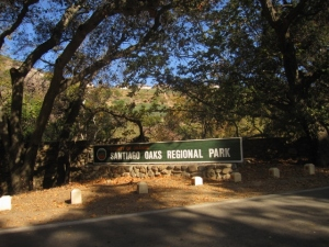 One of my favorite local places to run the trails unshod: Santiago Oaks Regional Park. Family lore has us visiting here back in the 1950s, when our neighbor George Lemke owned an orange grove here at the end of Windes Drive.