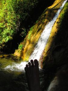 bare feet and limekiln creek falls