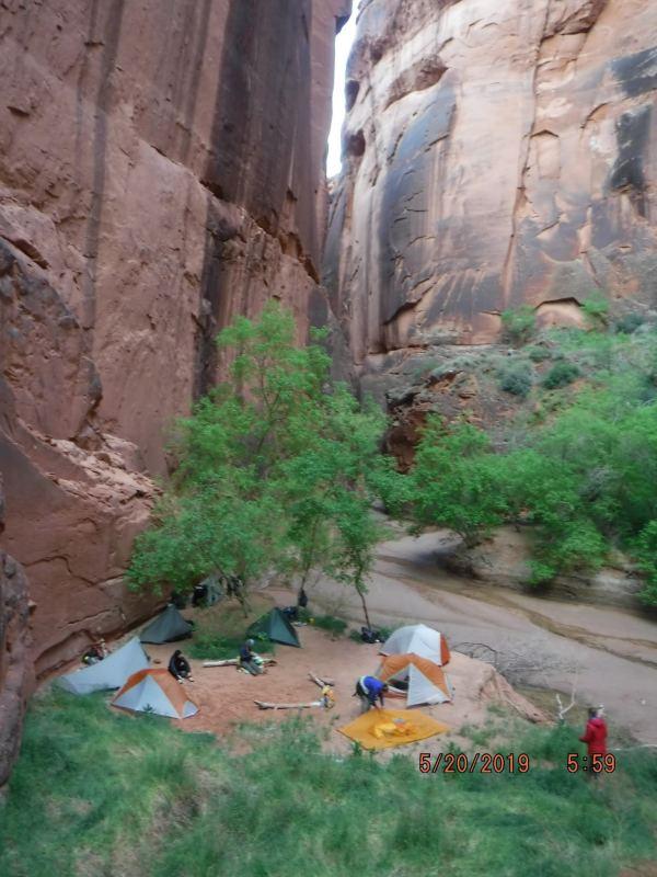 camp in buckskin gulch